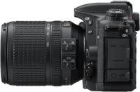 Nikon D7500 18-140 mm Lens Kit Left Side